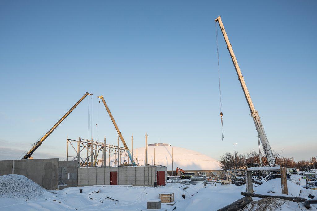 Kuvassa Ouluhallin rakennustyömaa